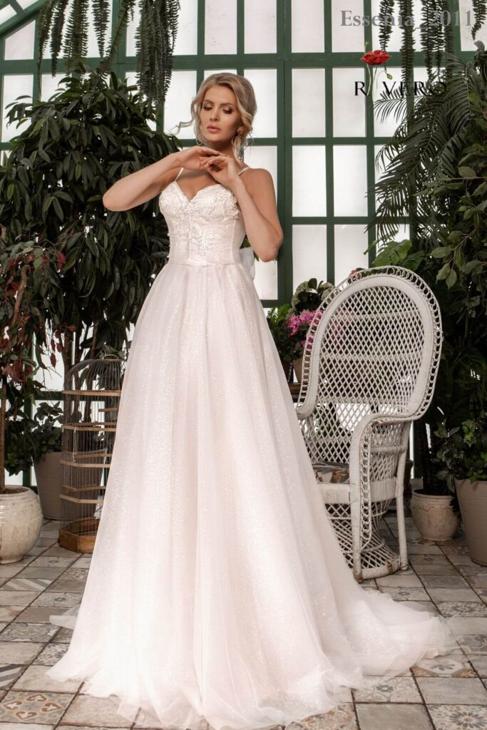 Свадебное платье Essenia